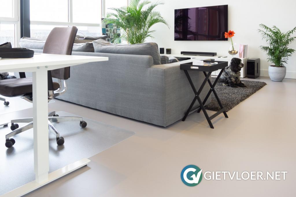 Gietvloer kantoor Oostzaan