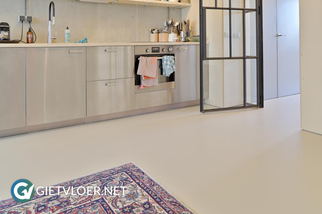 Gietvloer bedrijfspand Houthavens Amsterdam