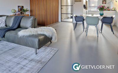 Een betonvloer en een gietvloer in een een nieuwbouwwoning in Rotterdam