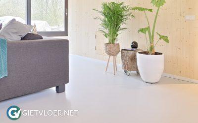 Een gietvloer in een nieuwbouwwoning in Almere