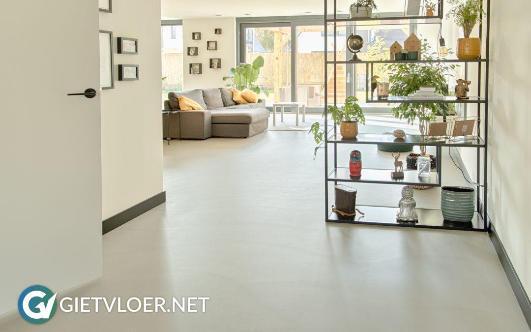 Gietvloer en betonvloer in nieuwbouwwoning in Houten